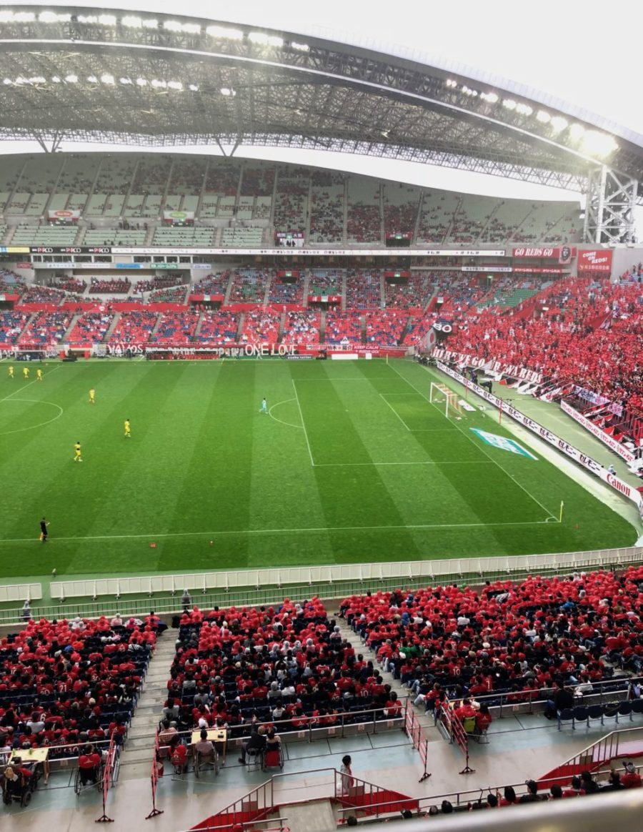雨に濡れる席 濡れない席 埼玉スタジアム2002